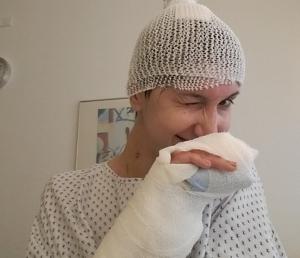 IV: Veșnic pacienți, câteodată oameni